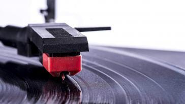 Replacing a Record Player Needle